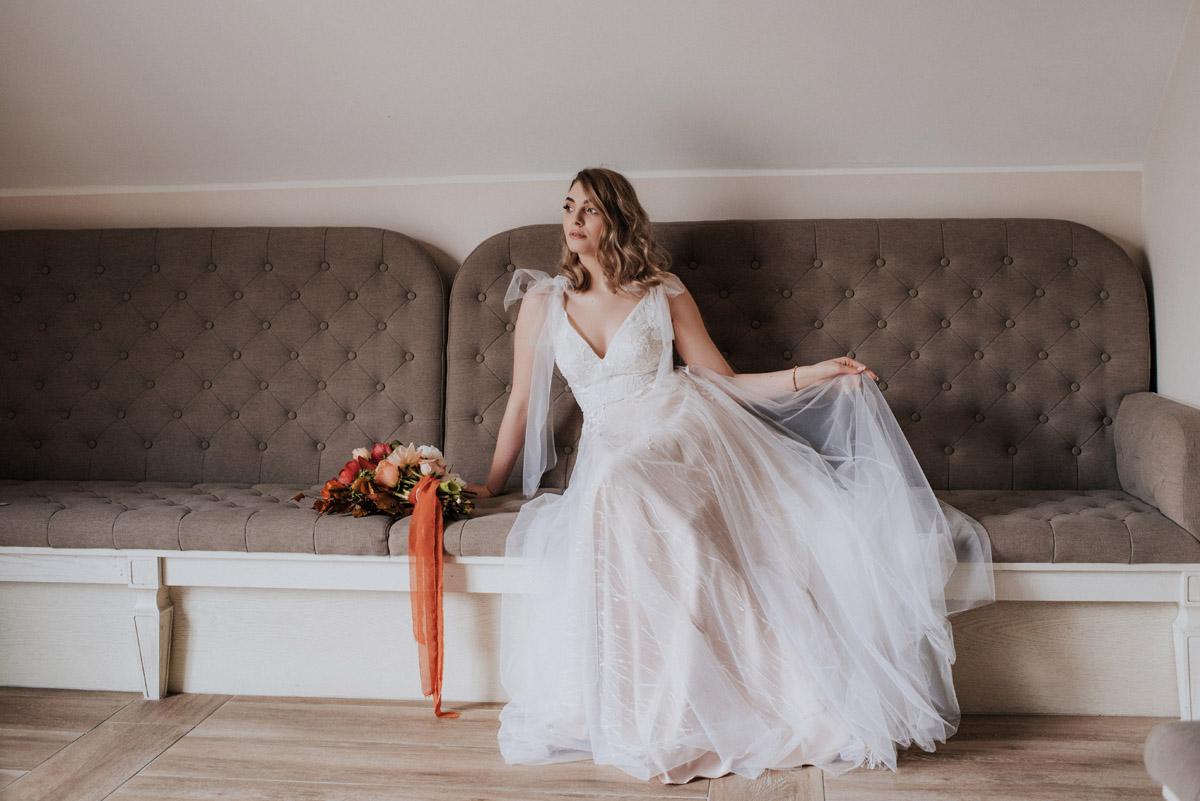 Ślub , Dolina Złotopolska, Fotograf Olsztyn, Suknia ślubna Madonna , Detale ślubne, buty ślubne , biżuteria ślubna, bukiet ślubny